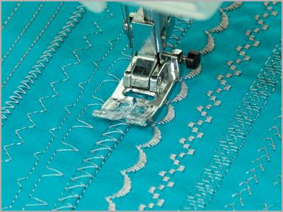 Costuras gerais com calcador para ziguezague 808015006
