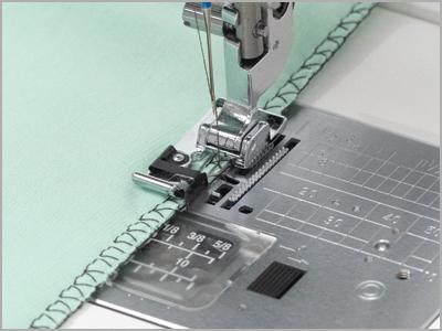 Calcador para acabamento e ponto tipo overlock 859810007