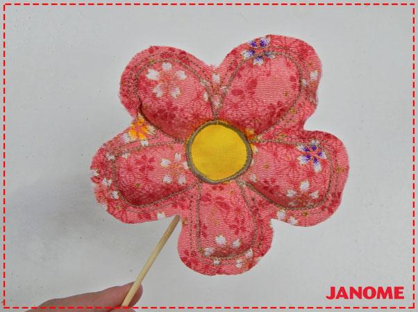 Crie e Borde com a Janome – Série Decorações – Flores M, G e GG!-11