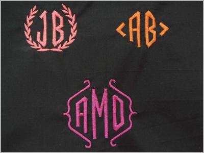 Monogramas de 2 e 3 letras com moldura MC500E