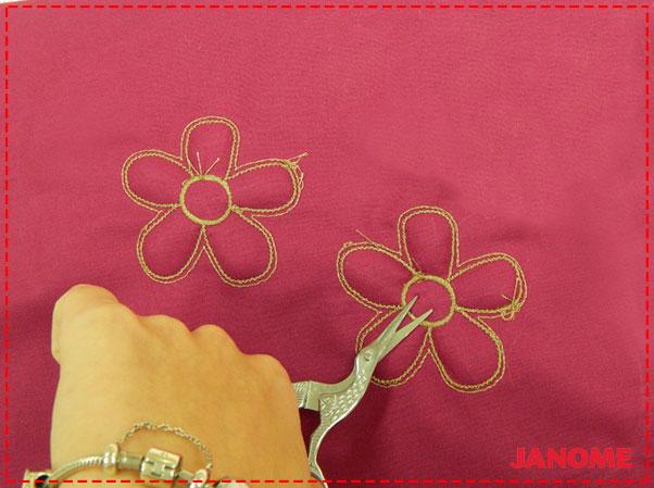 Crie e Borde com a Janome – Série Decorações – Flor P-10