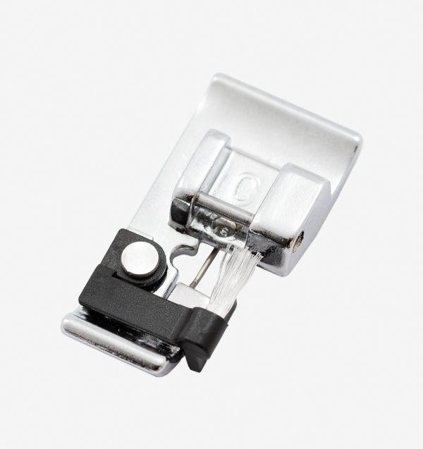 Calcador para acabamento e costura tipo overlock 822801001 para maquinas de costura janome 7mm