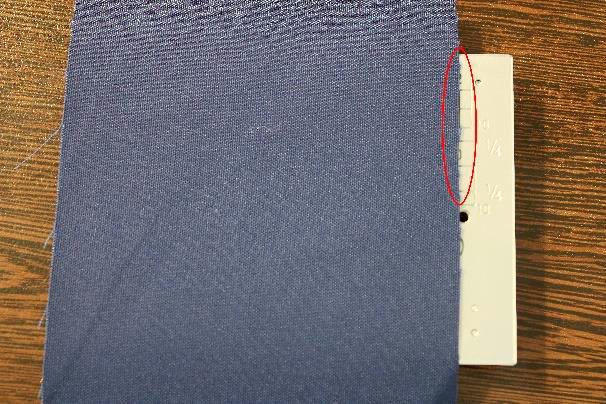 Marcação especial Janome - Margem de 2 polegadas da posição centralizada da agulha até a borda do tecido