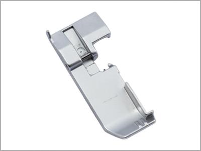 Calcador para costura geral na overlock 788502000